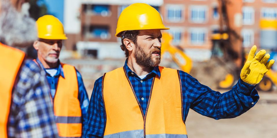 Characteristics that you should check in a construction expert